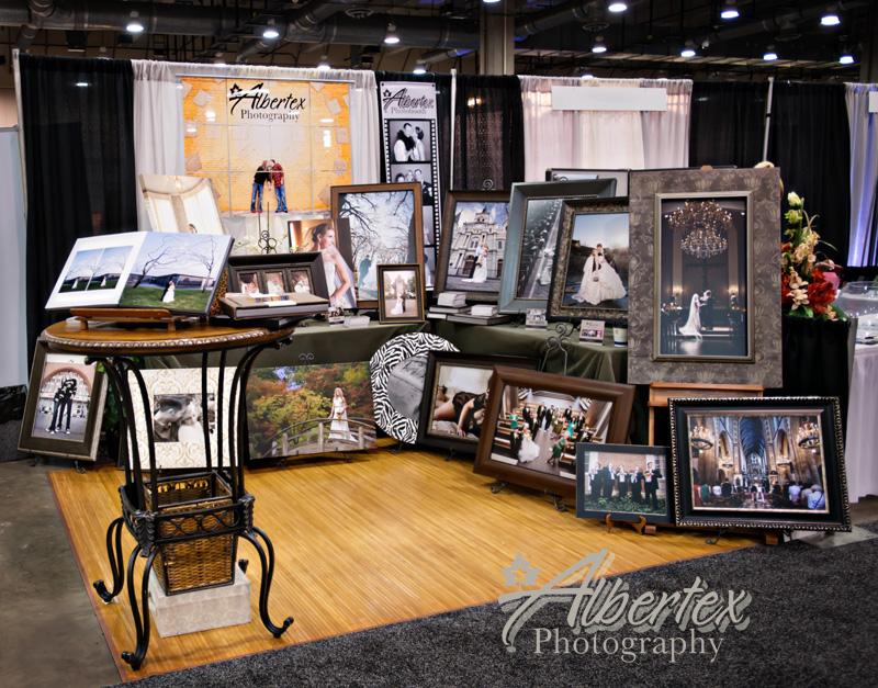 Albertex Photography at the Star Telegram Bridal Show at the Gaylord Texan with DFW Dallas Fort Worth Wedding Photographers Bill and Tanya Vahrenkamp